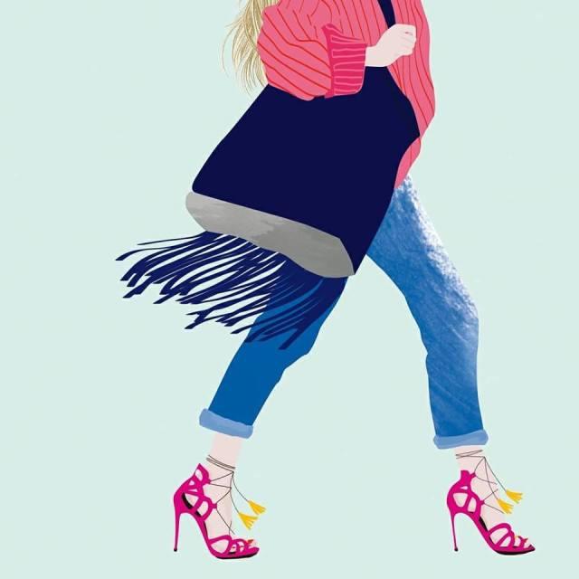 Sarah Jessica Parker walking in pink heels